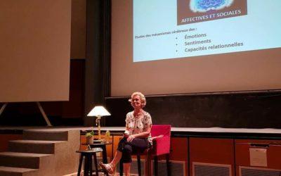 Neurosciences, éducation et toucher respectueux